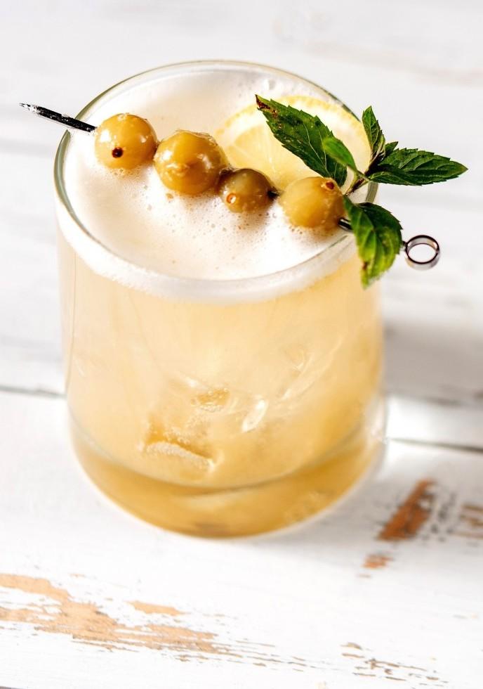 Gooseberry And Mint Lemonade